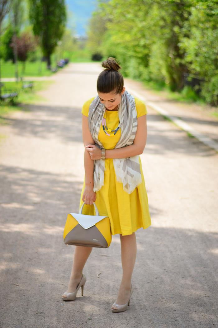 Summer Dress Yellow Fashion Style Bulgaria Mall Denina Martin