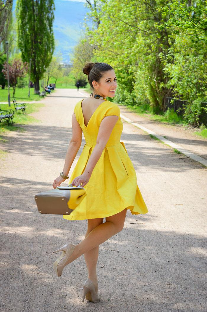 Dress Weekend Max Mara Furla Accessories Summer Fashion Denina Martin