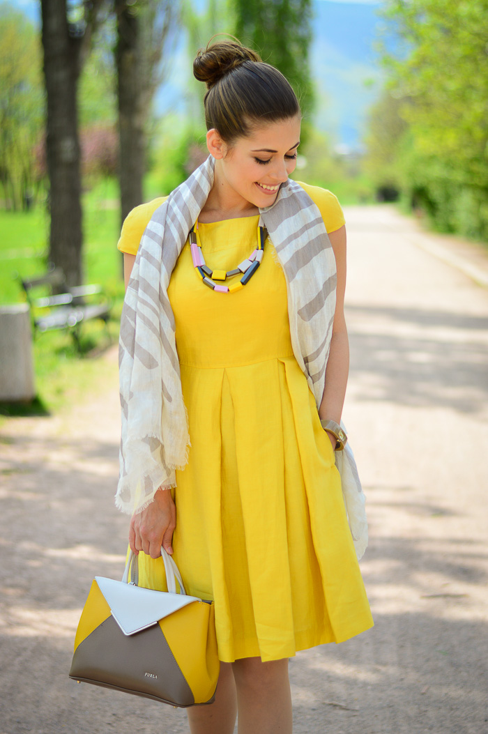Yellow Dress MDL Max Mara Bulgaria Mall Denina Martin