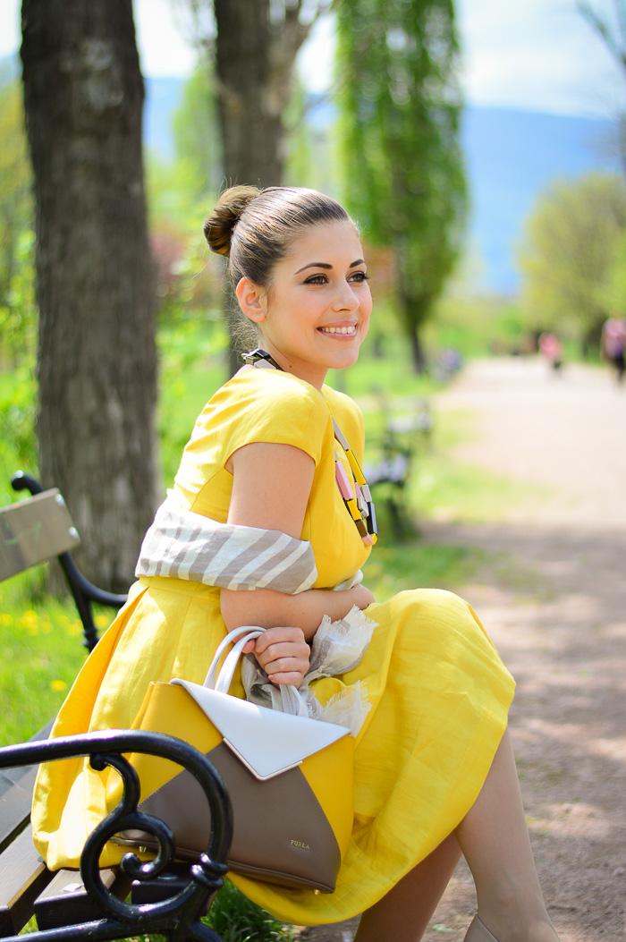 Yellow Dress MDL Max Mara Bulgaria Mall Denina Martin