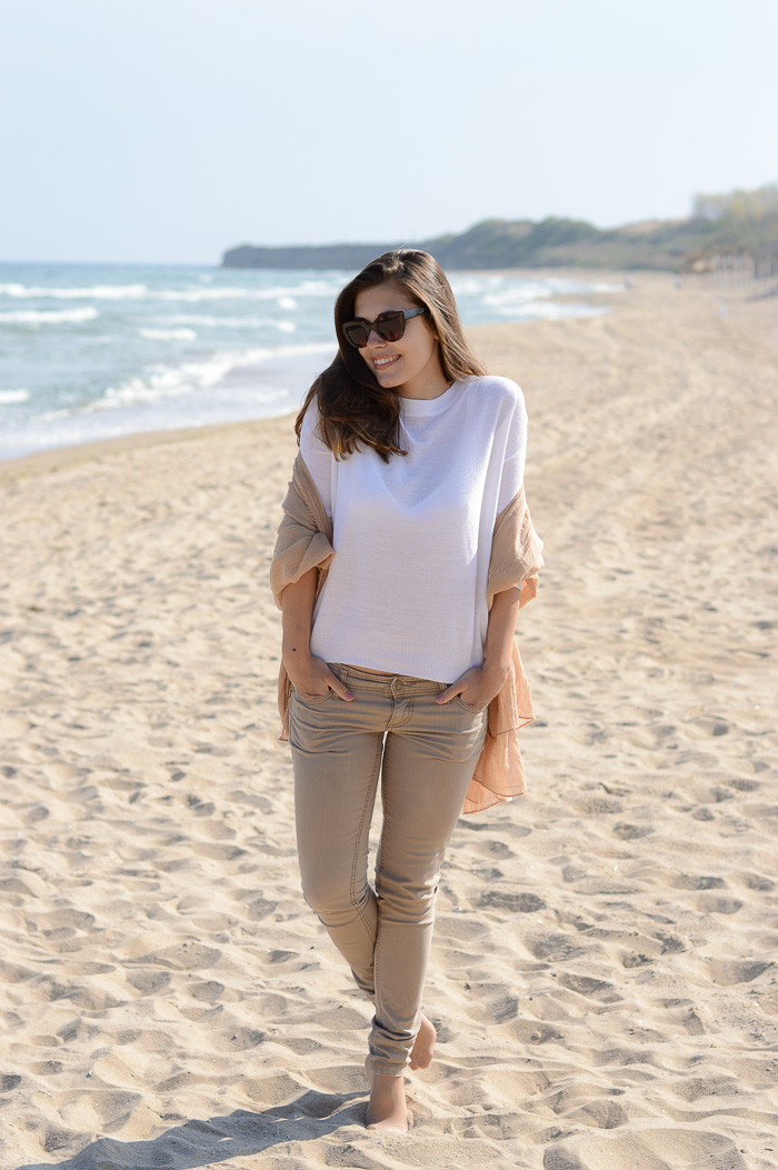 Bulgarian Fashion Blogger Denina Martin Back to the Beach