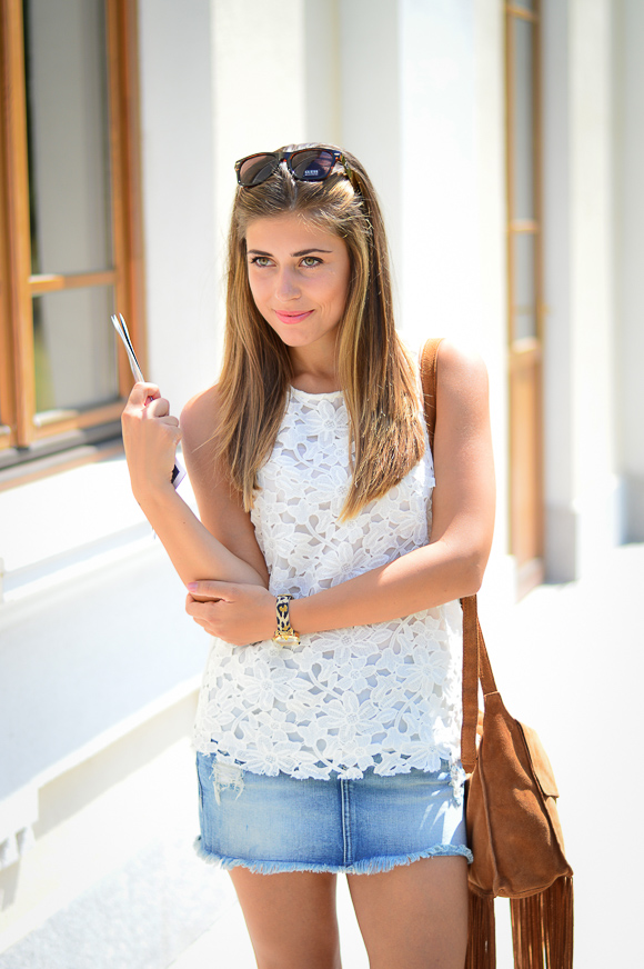 Bulgarian Fashion Blogger Denina Martin wearing Pepe Jeans from Bulgaria Mall