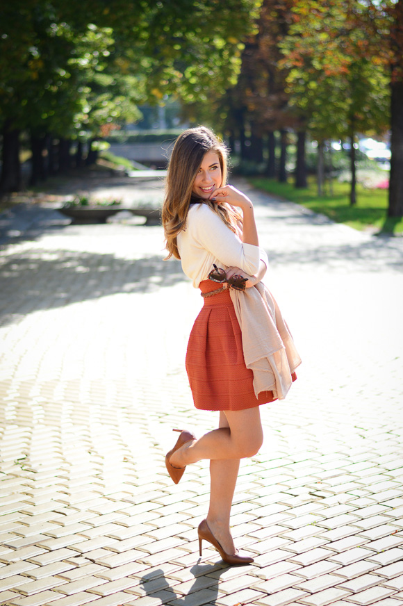 Burned-Orange-HM-Skirt-Autmn-Look-Denina-Martin-5