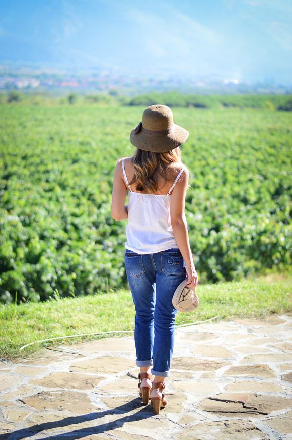 Лежерна визия от Денина Мартин за закуска във винарната