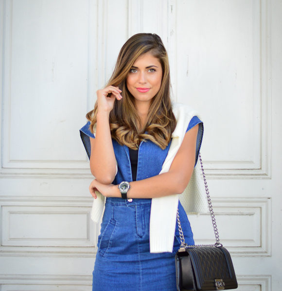Denina Martin wearing a Romwe denim dress