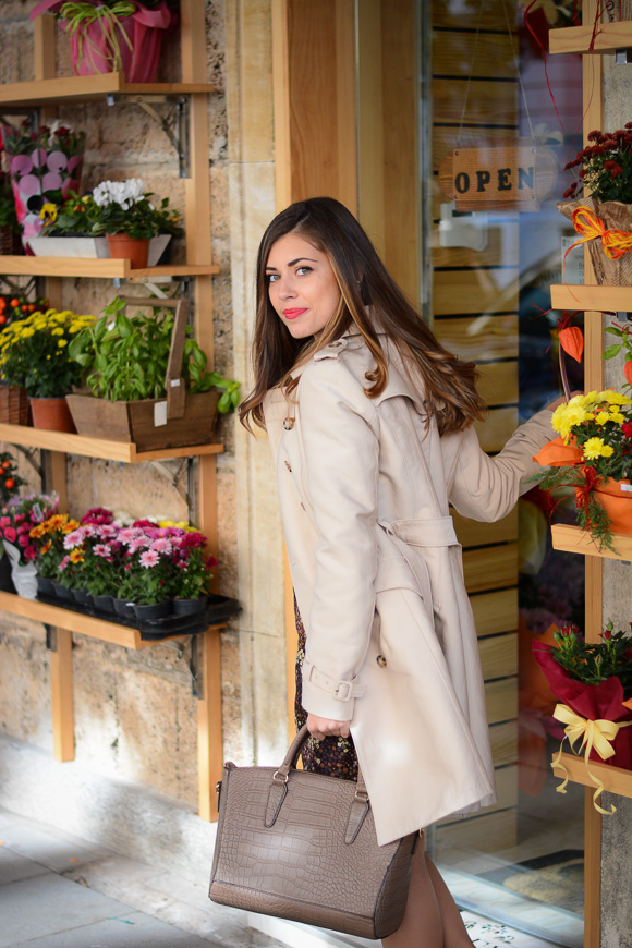 Floral-Dress-Outfit-Sofia-Flower-Shop-Denina-Martin-1
