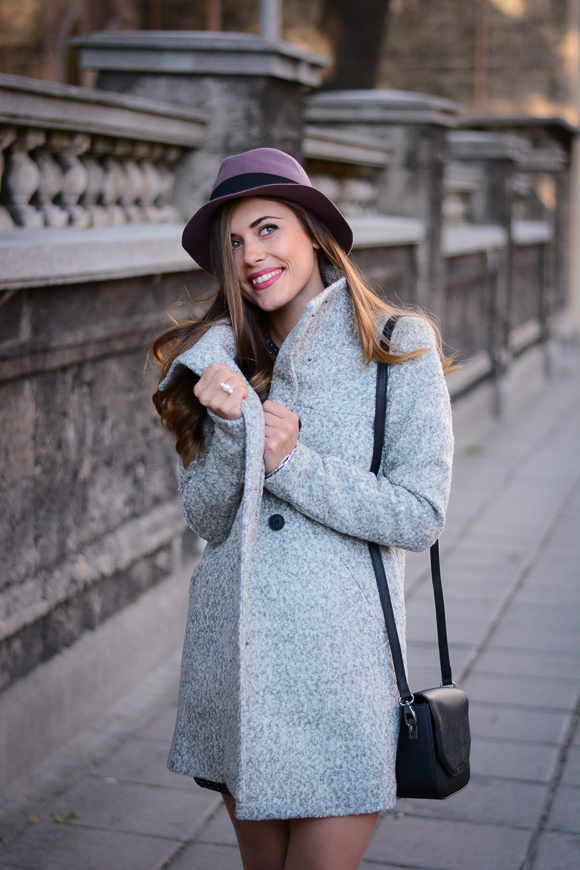Grey-Coat-Trend-Fashion-days-Denina-Martin-1