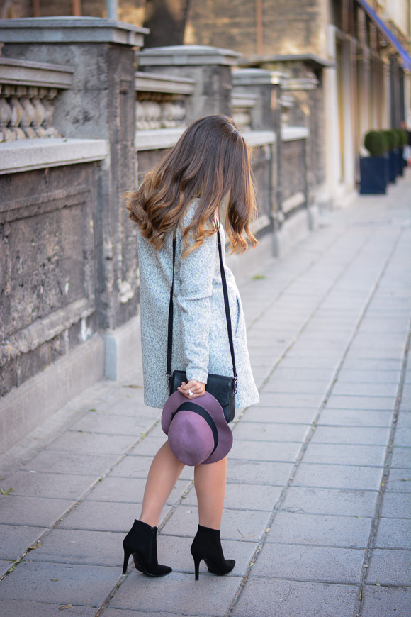 Grey-Coat-Trend-Fashion-days-Denina-Martin-2