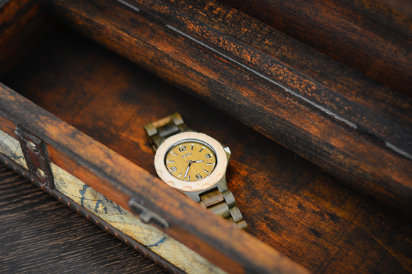Borrowed-from-the-Men-Jord-Wood-Watch-Denina-Martin-7