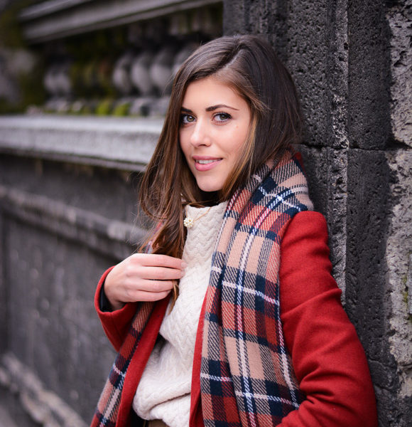 Beating the gloominess by wearing a read coat - bulgarian fashion blogger Denina Martin