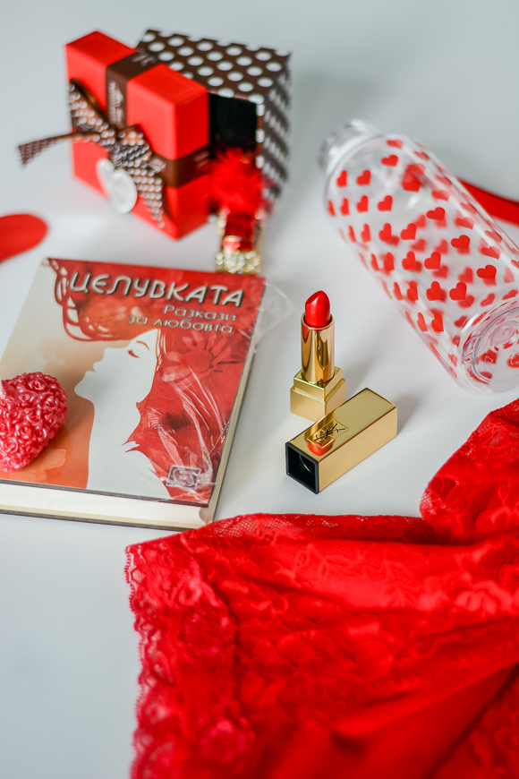 Valentines-Day-Gift-Guide-For-Her-For-Him-Bulgaria-Mall-Denina-Martin-4