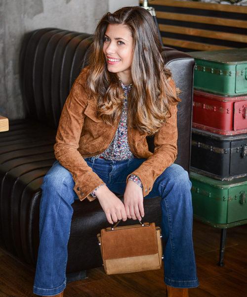 European Fashion Blogger Denina Martin in an laidback outfit at SOHO Cafe