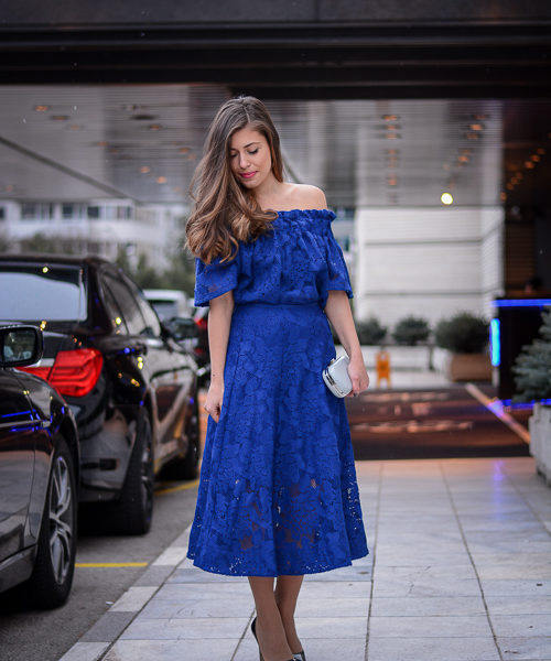 Bulgarian Fashion Blogger Denina Martin wearing blue lace dress by H&M at Sofia Fashion Week Spring Summer 2016