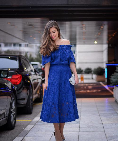 Bulgarian Fashion Blogger Denina Martin wearing blue lace dress by H&M at Sofia Fashion Week Spring Summer 2016