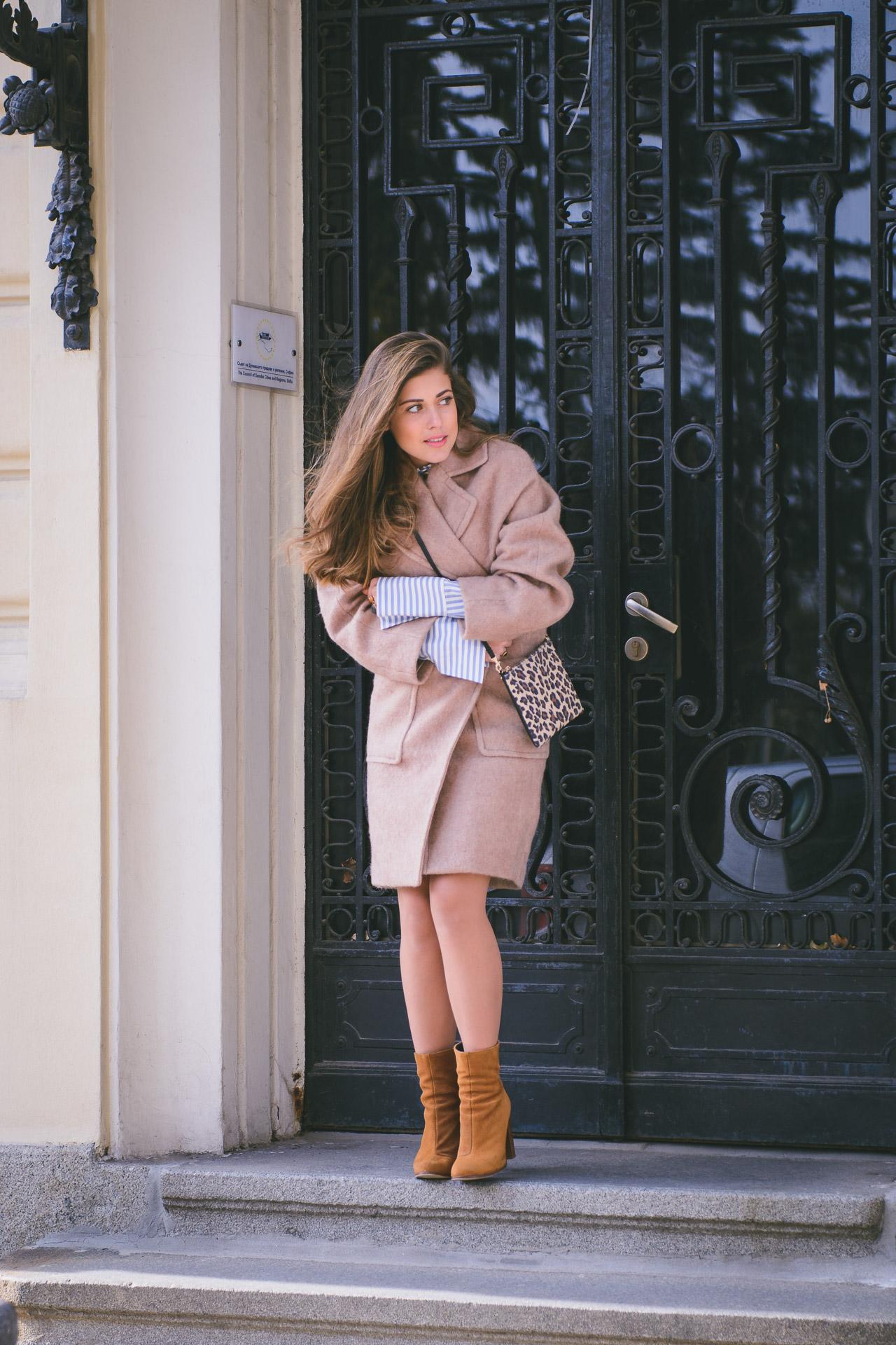 HM camel coat Denina Martin 2016