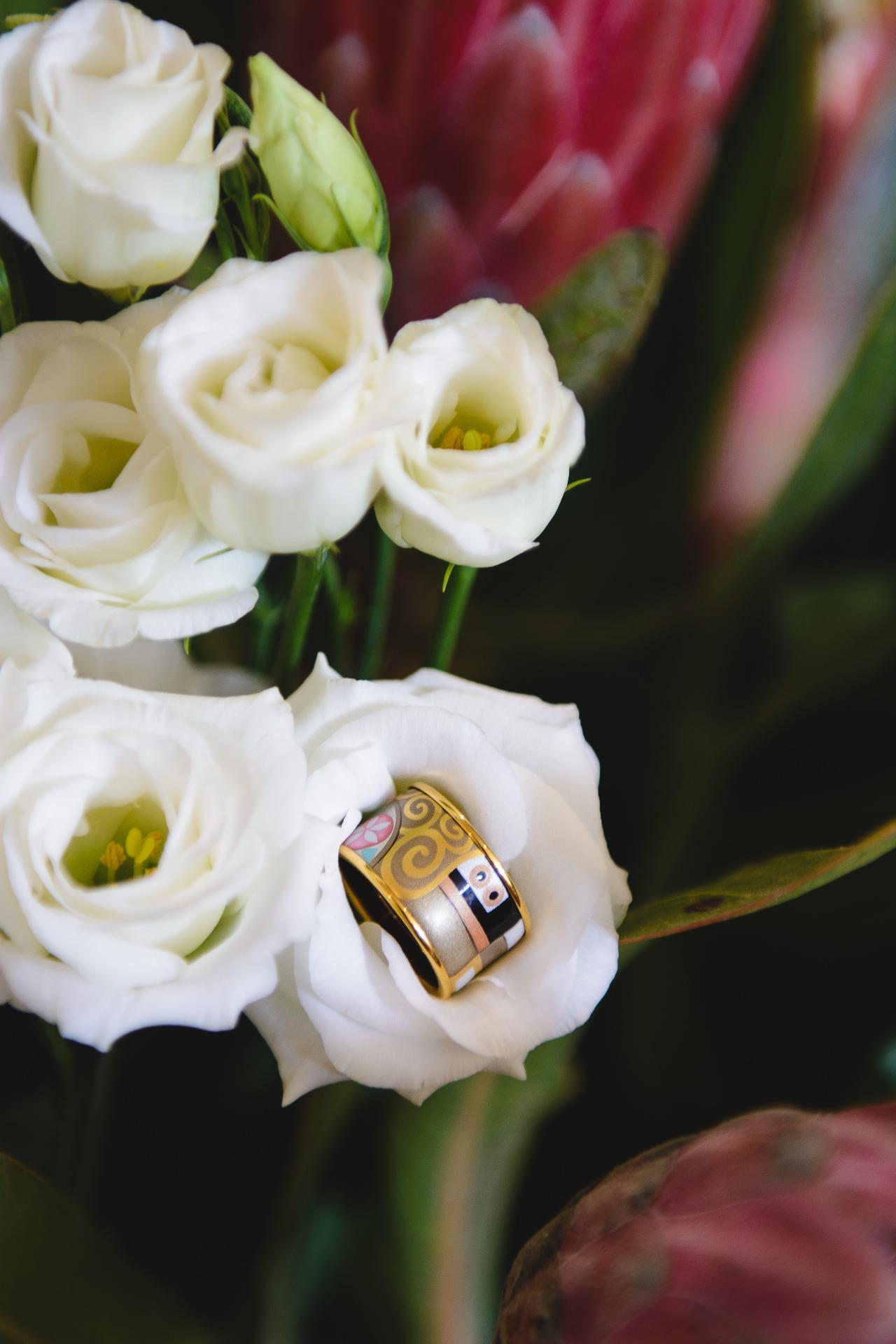 The ultimate kiss gustav klimt freywille ring