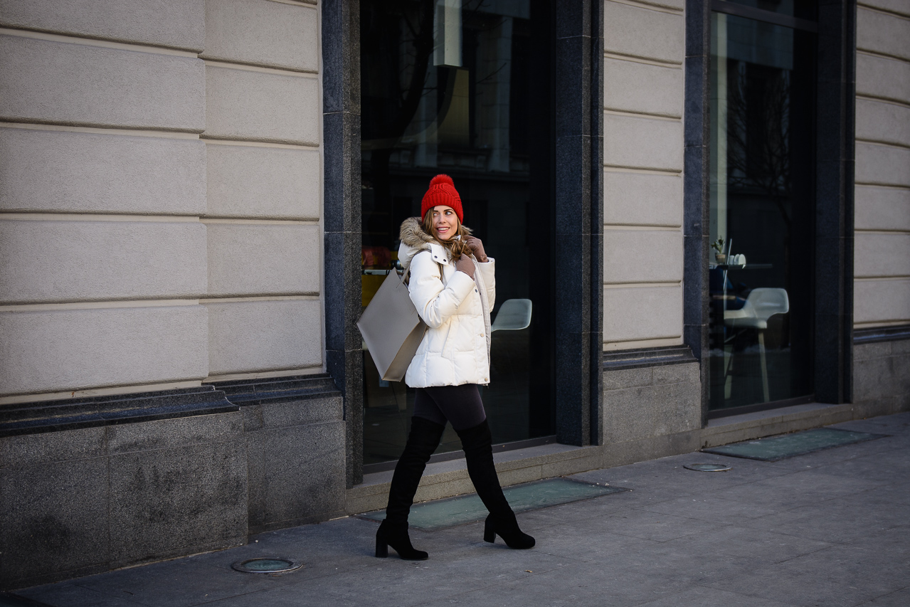 City white parka blogger