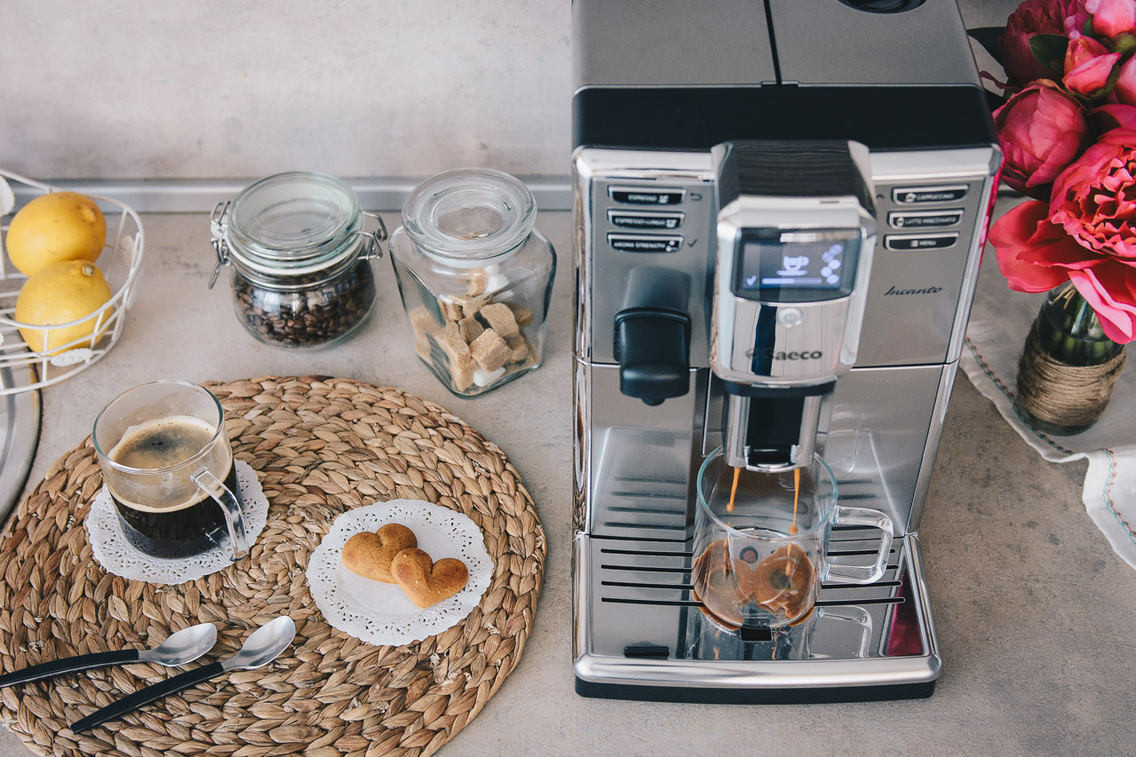Blogger coffee machine