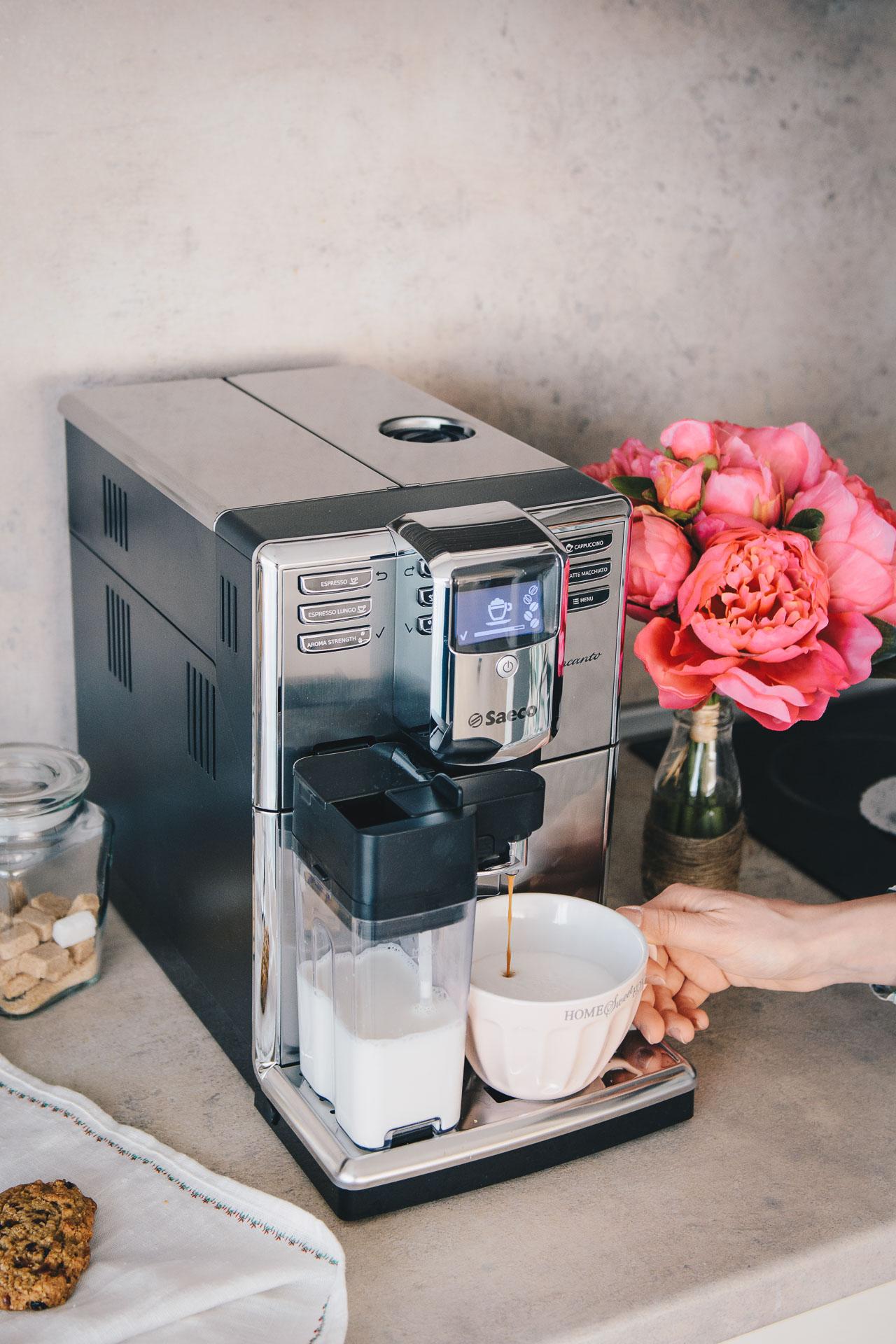 Saeco incanto cappuccino maker