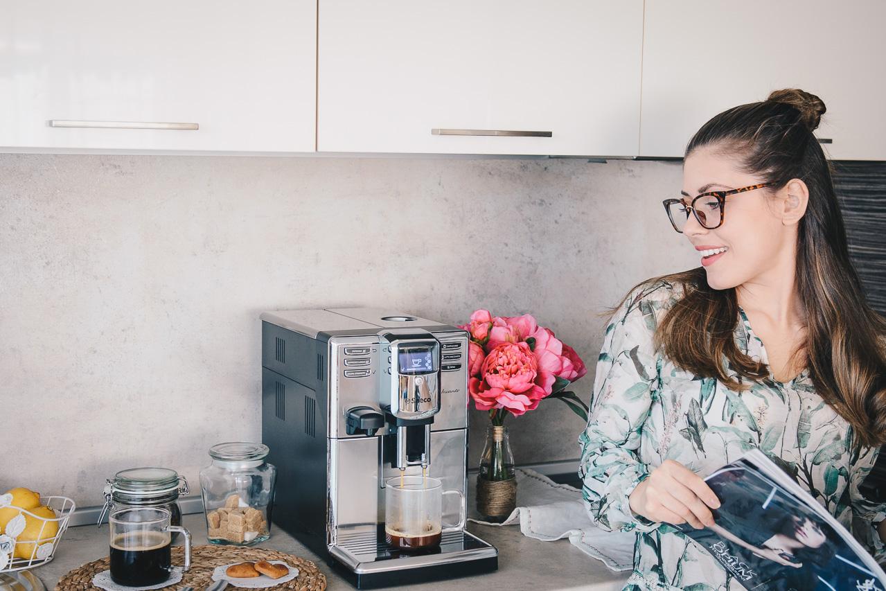 Saeco incanto coffee maker