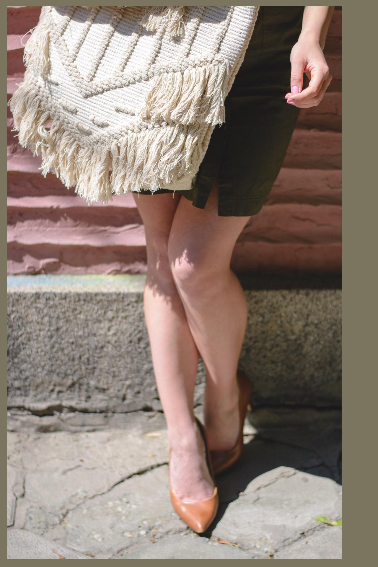 Woven bag sexy high heels
