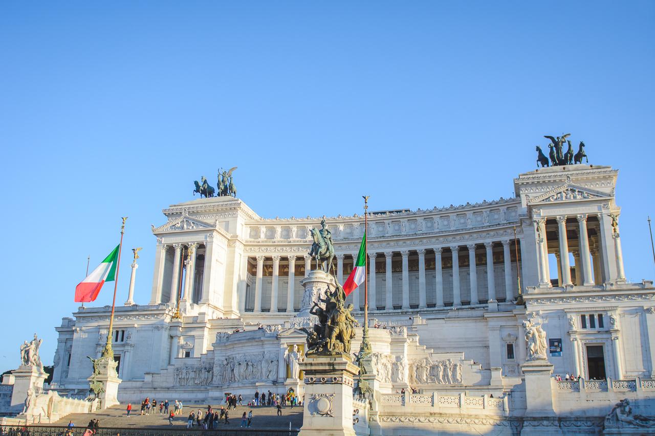 monument vittorio emanuele II Rome