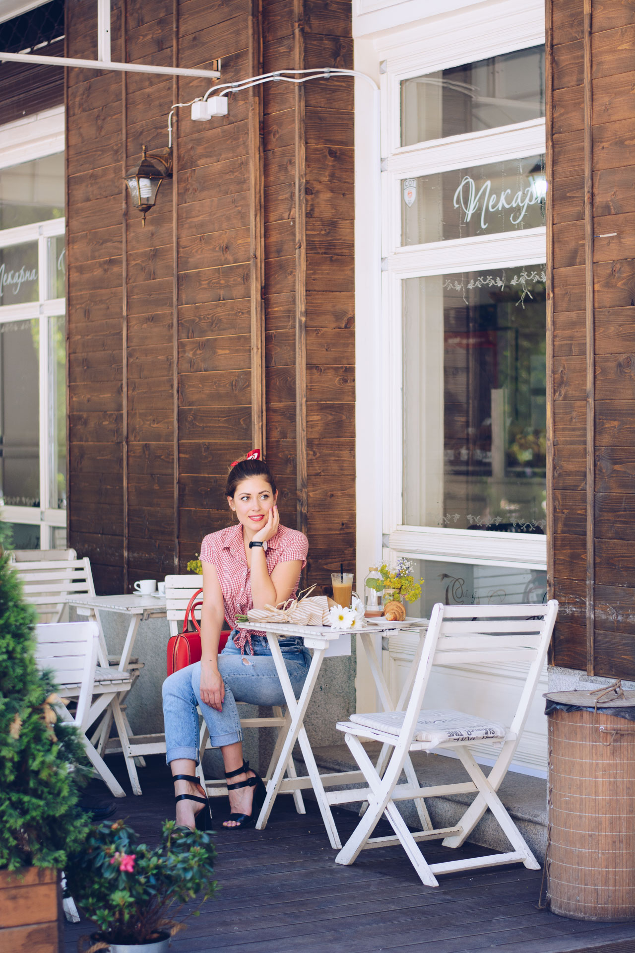 20170531 Coffee afternoon retro chic