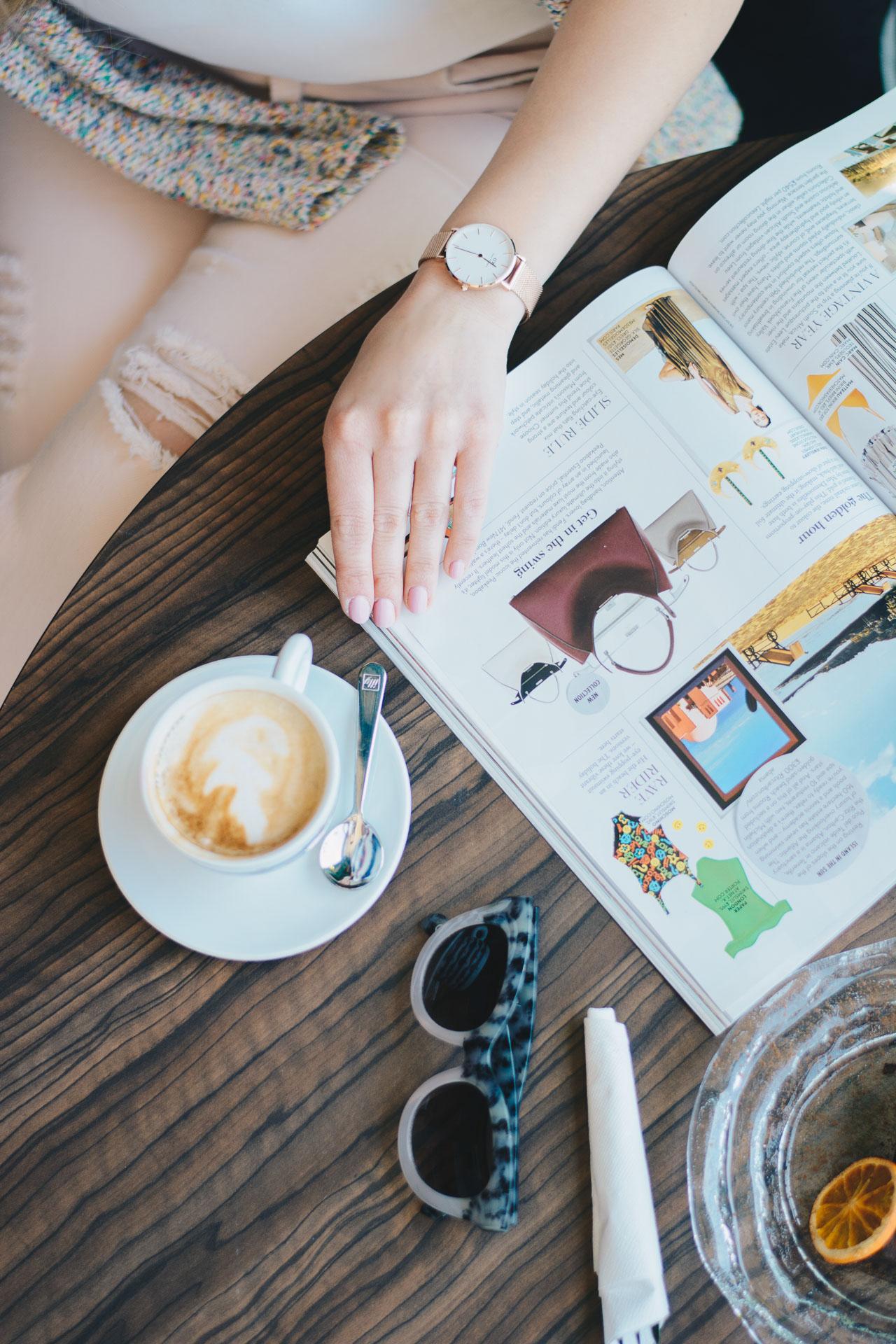 coffee time reading magazine