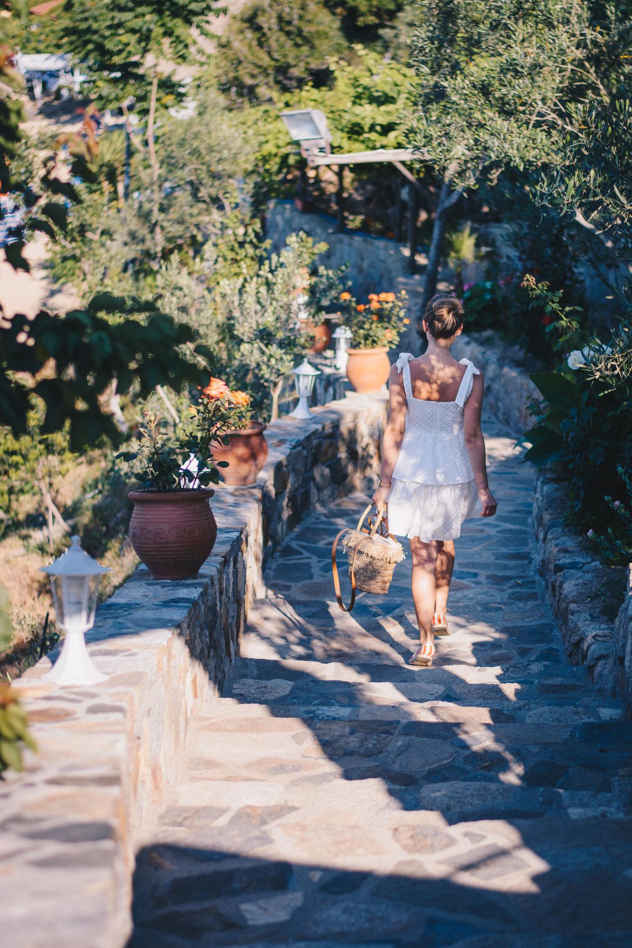 5 steps in the sand white midi dress