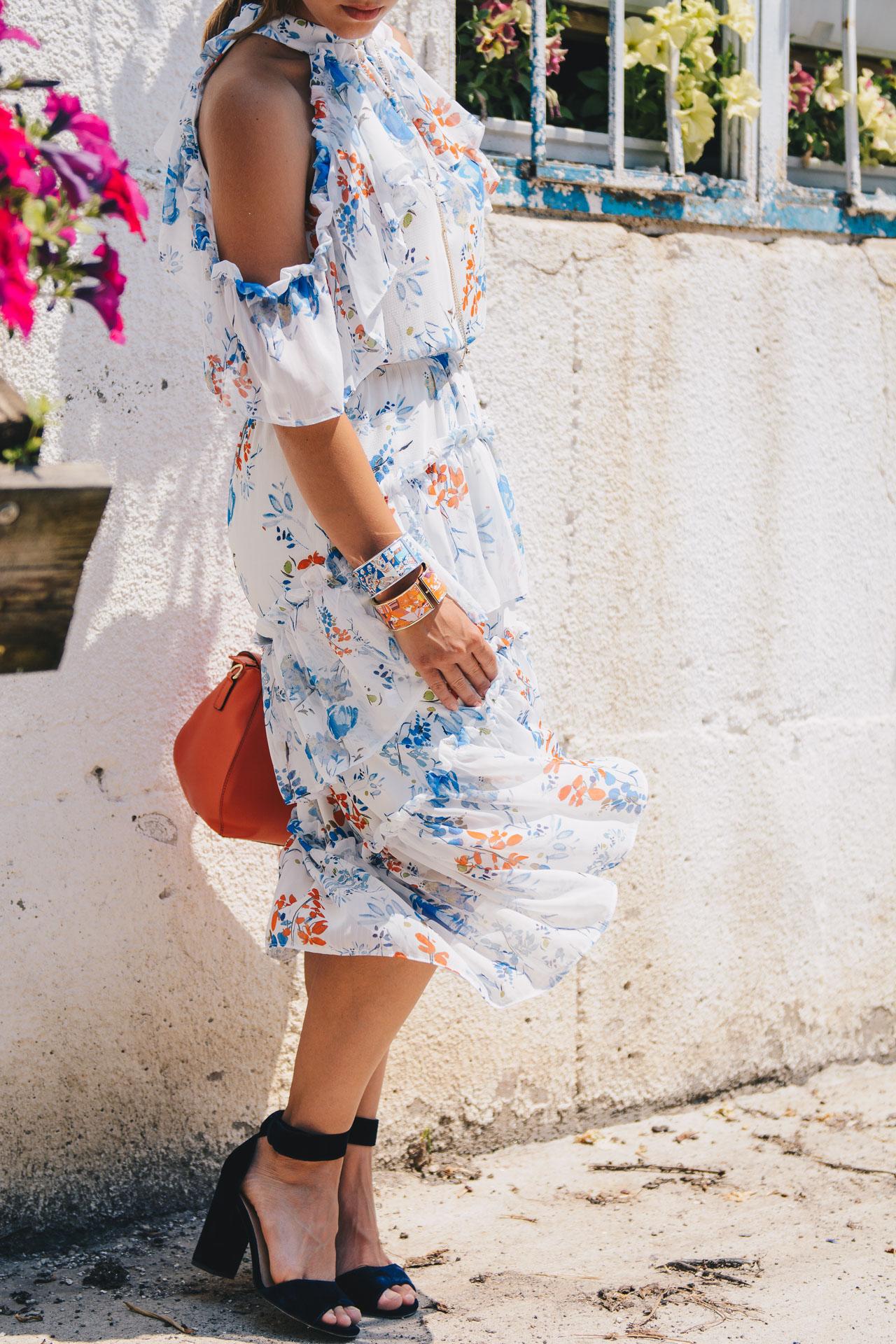 Floral midi dress details