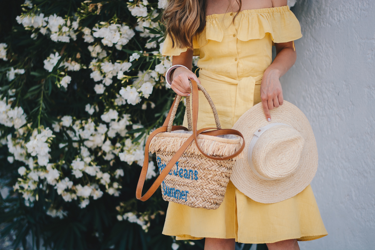 Yellow sun dress pepe jeans handbag hat
