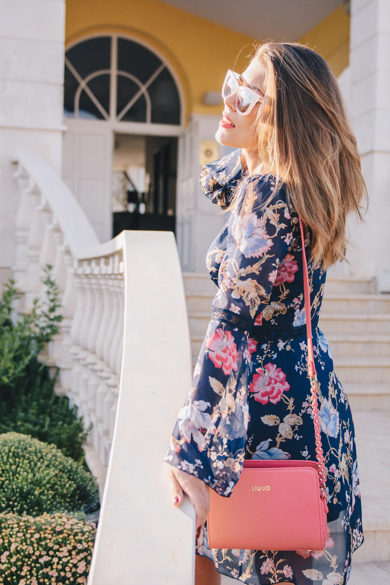 664bd0b4be 20170813 Liu Jo floral silk dress Liu Jo dress handbag