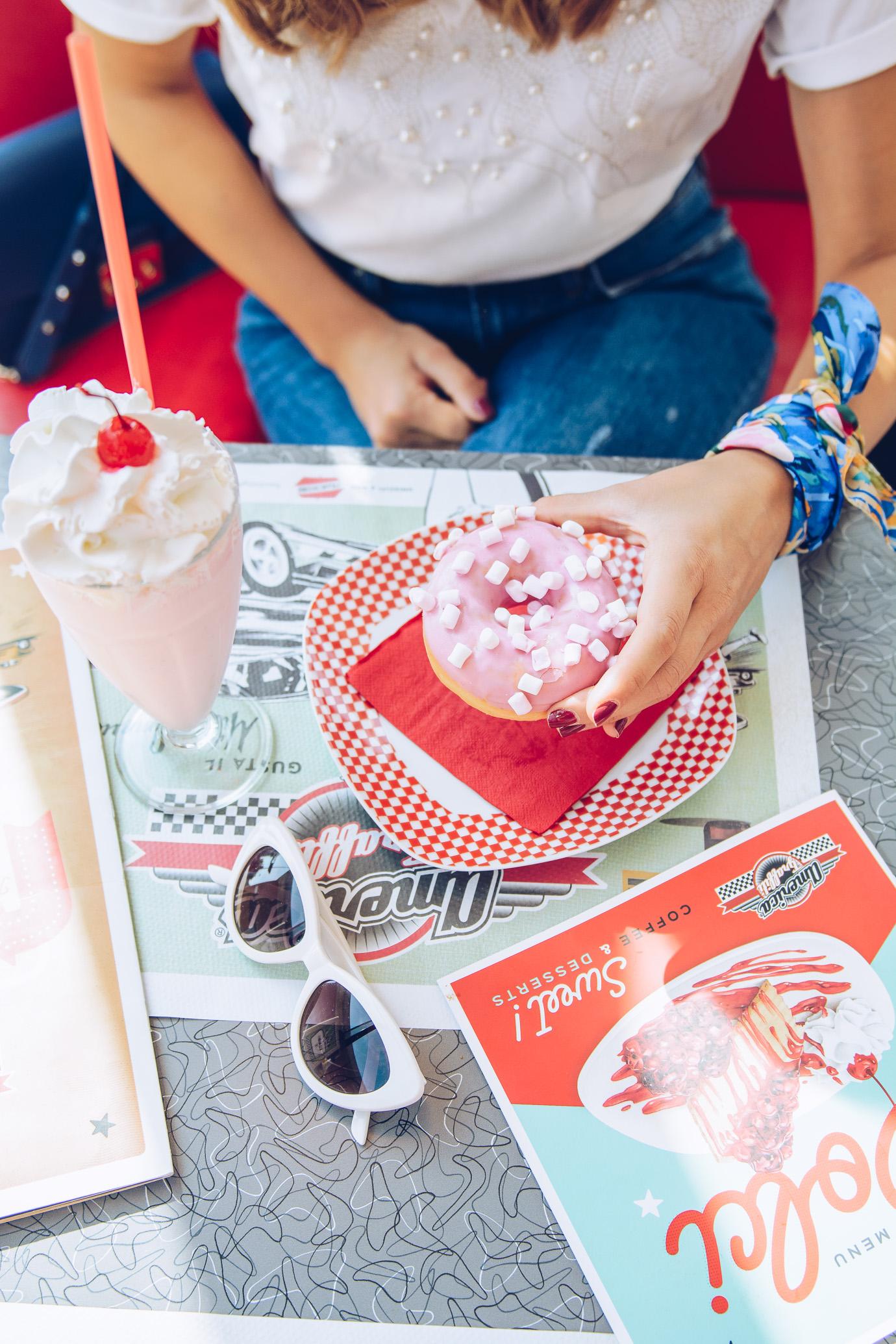 American doughnut 50s