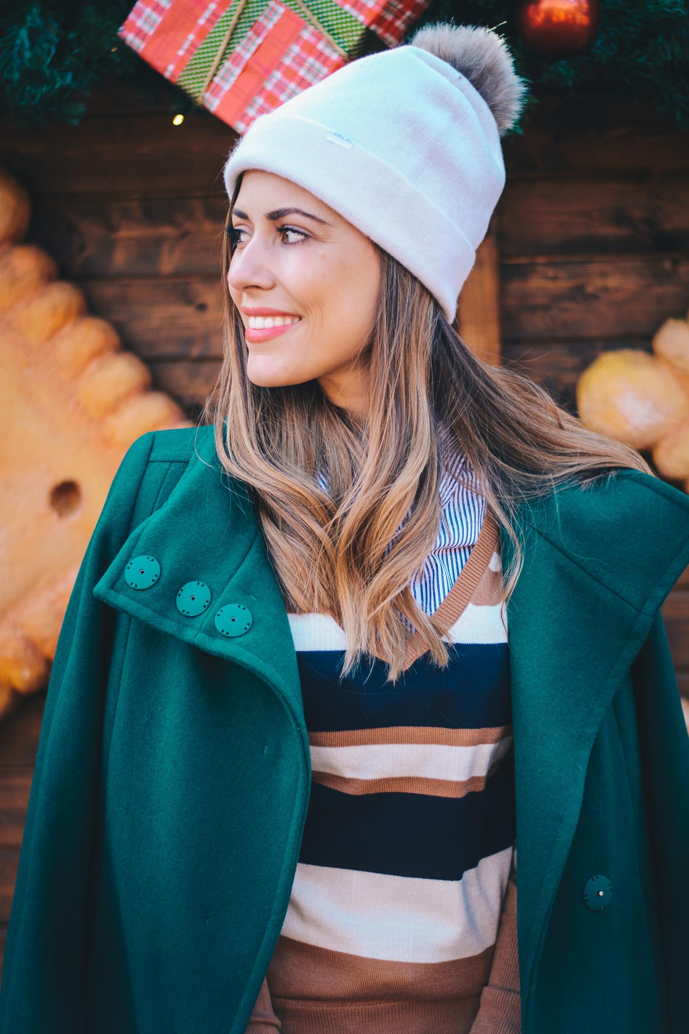 Модната блогърка Денина Мартин коледа