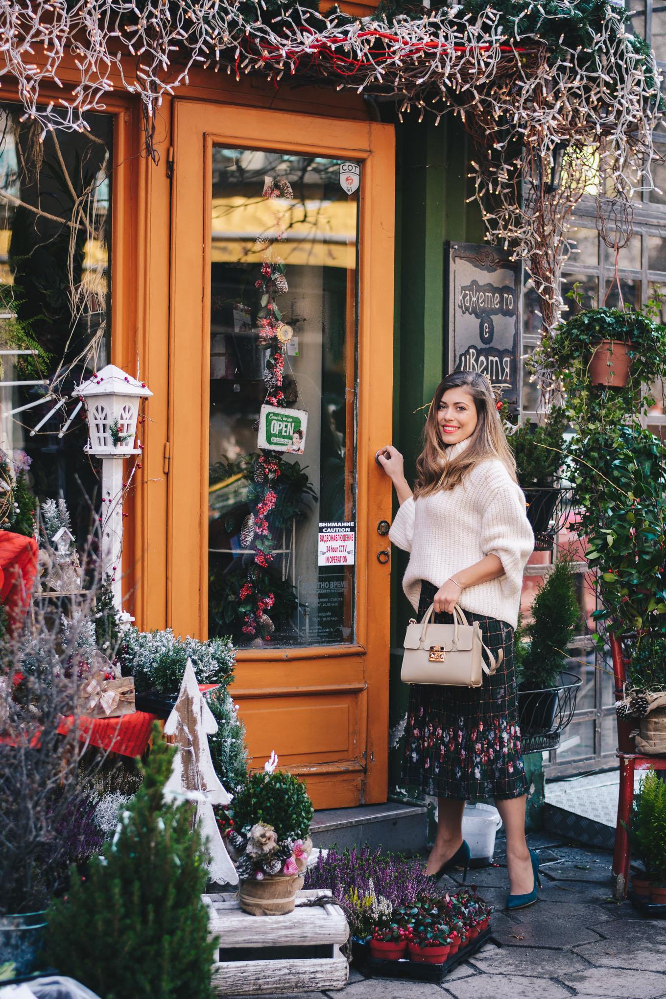 Christmas botique flower shop