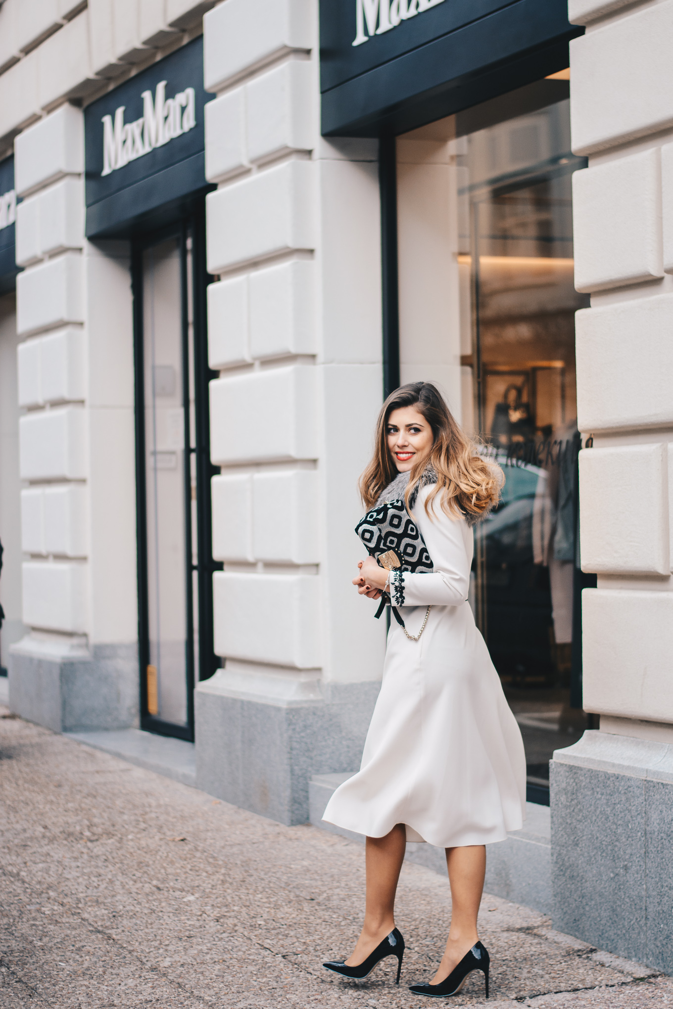 Fashion blogger wearing Max Mara