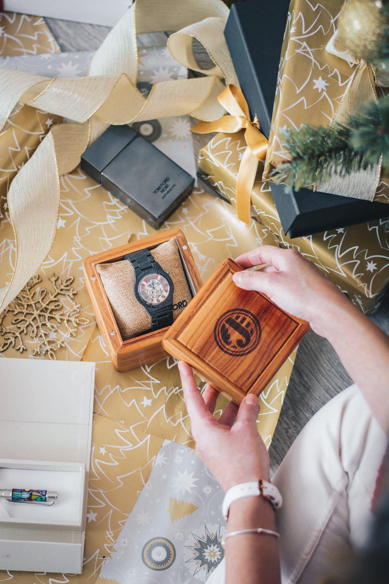 jord wood watch gift guide
