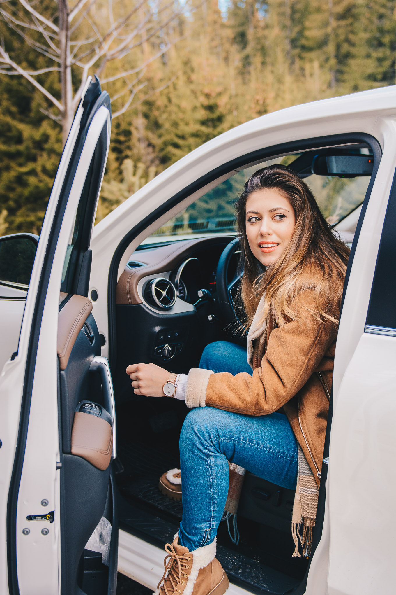 Style blogger in a cool ride