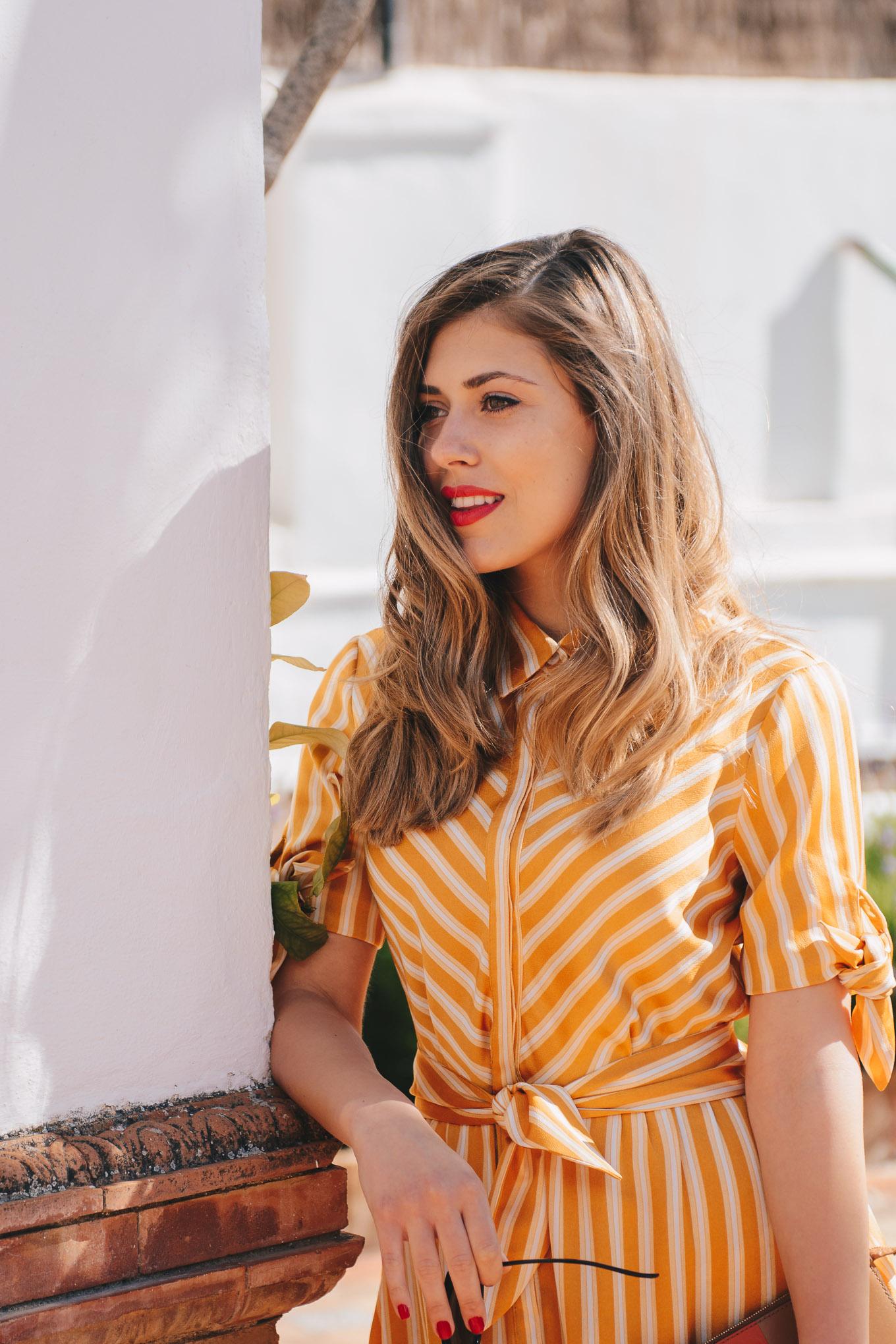 Красива блогърка в рокля Mango SS2018