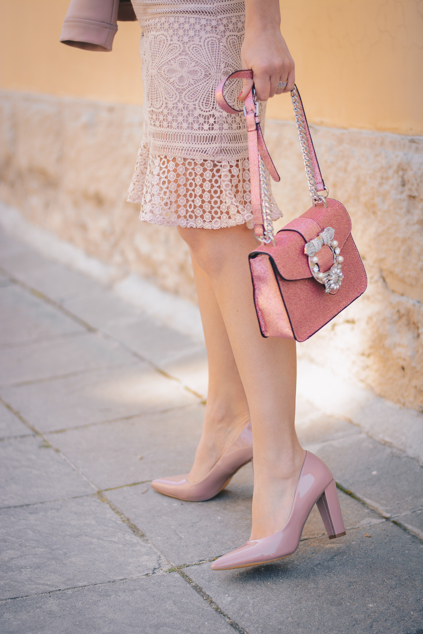 Humanic high heel pink shoes