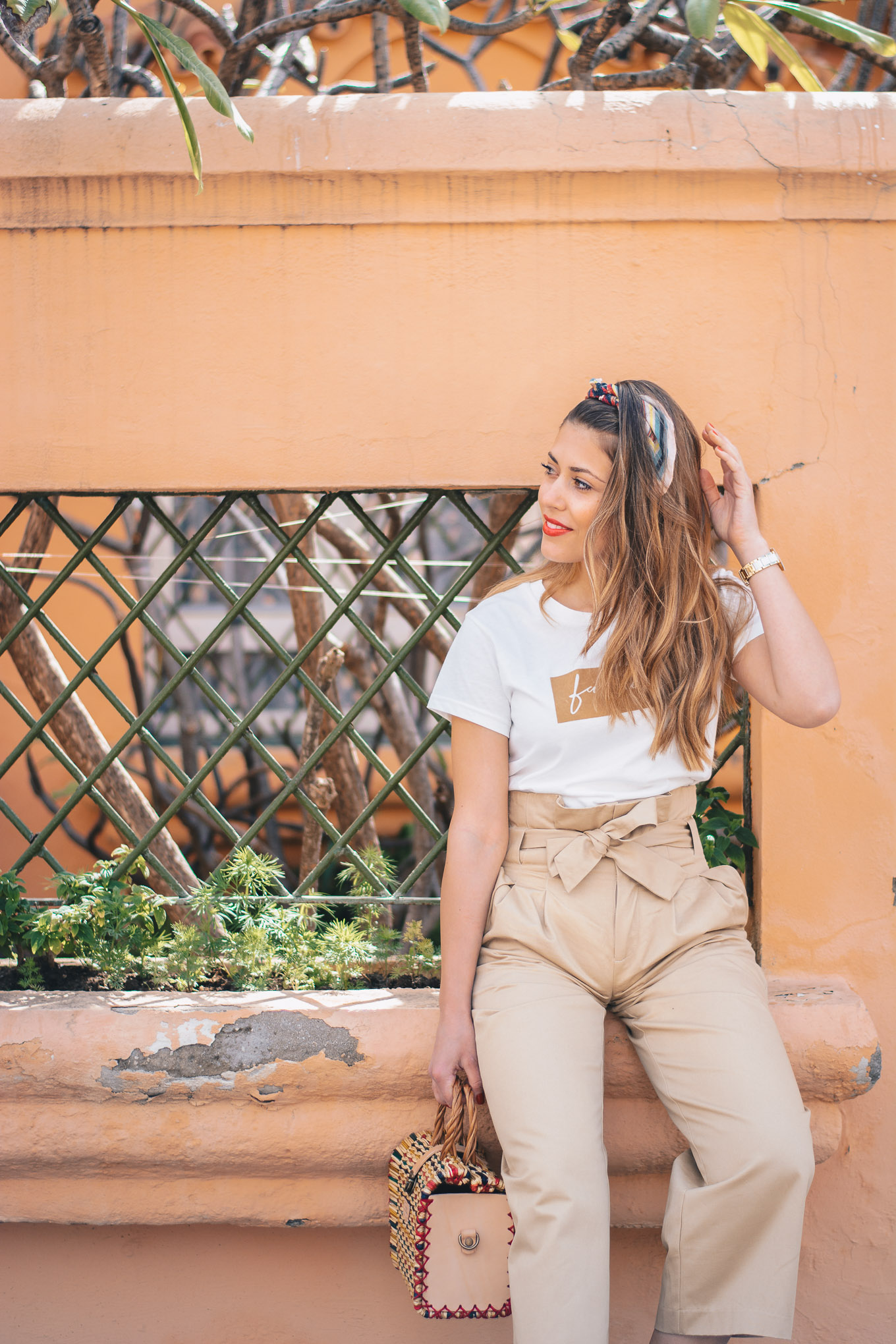 Malaga blogger wearing neutrals