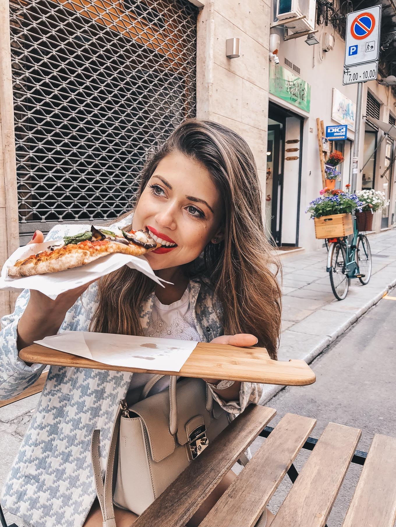 Palermo travel guide pizza