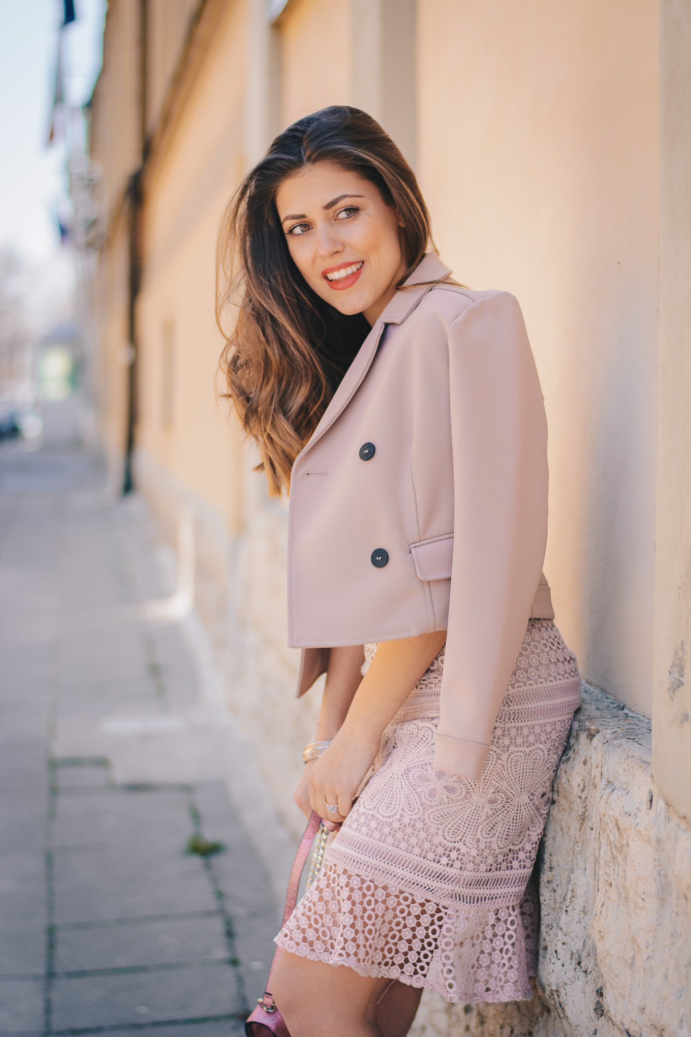 Pink all over blogger