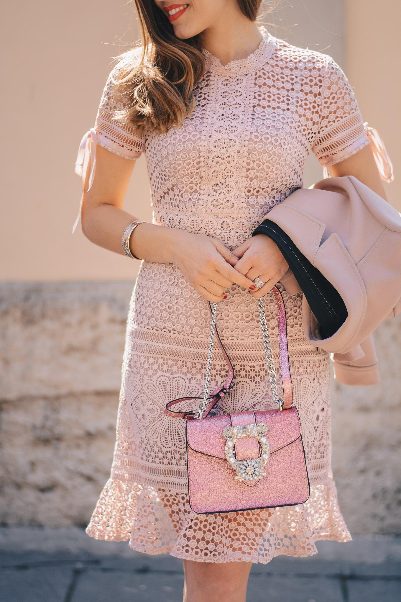 Pink humanic bag