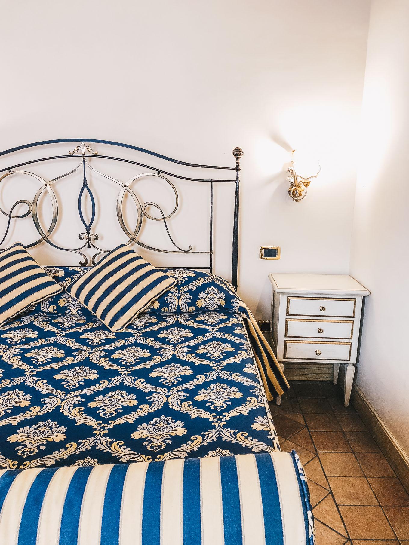 Sicilian bed La locanda del gagini