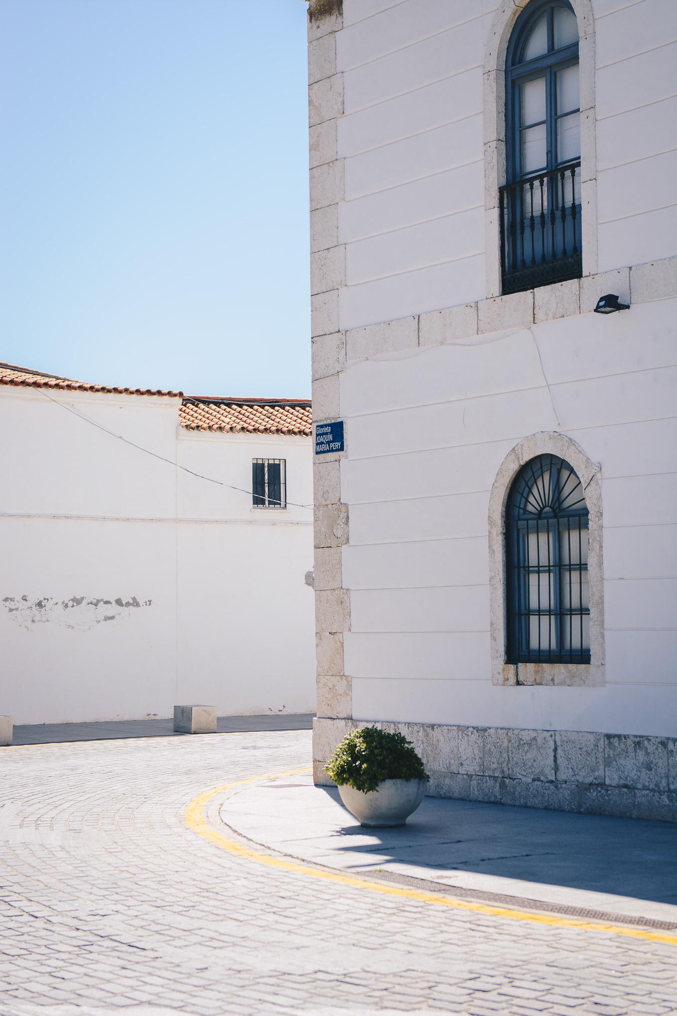 Malaga porto de lighthouse