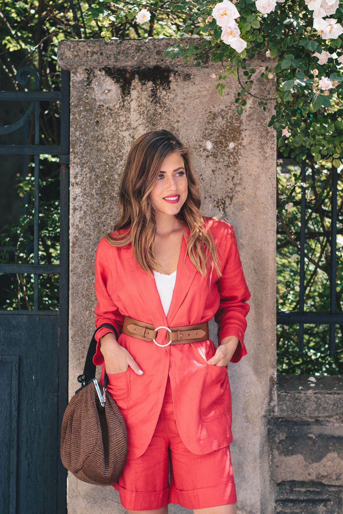 Sezane style blogger Denina Martin
