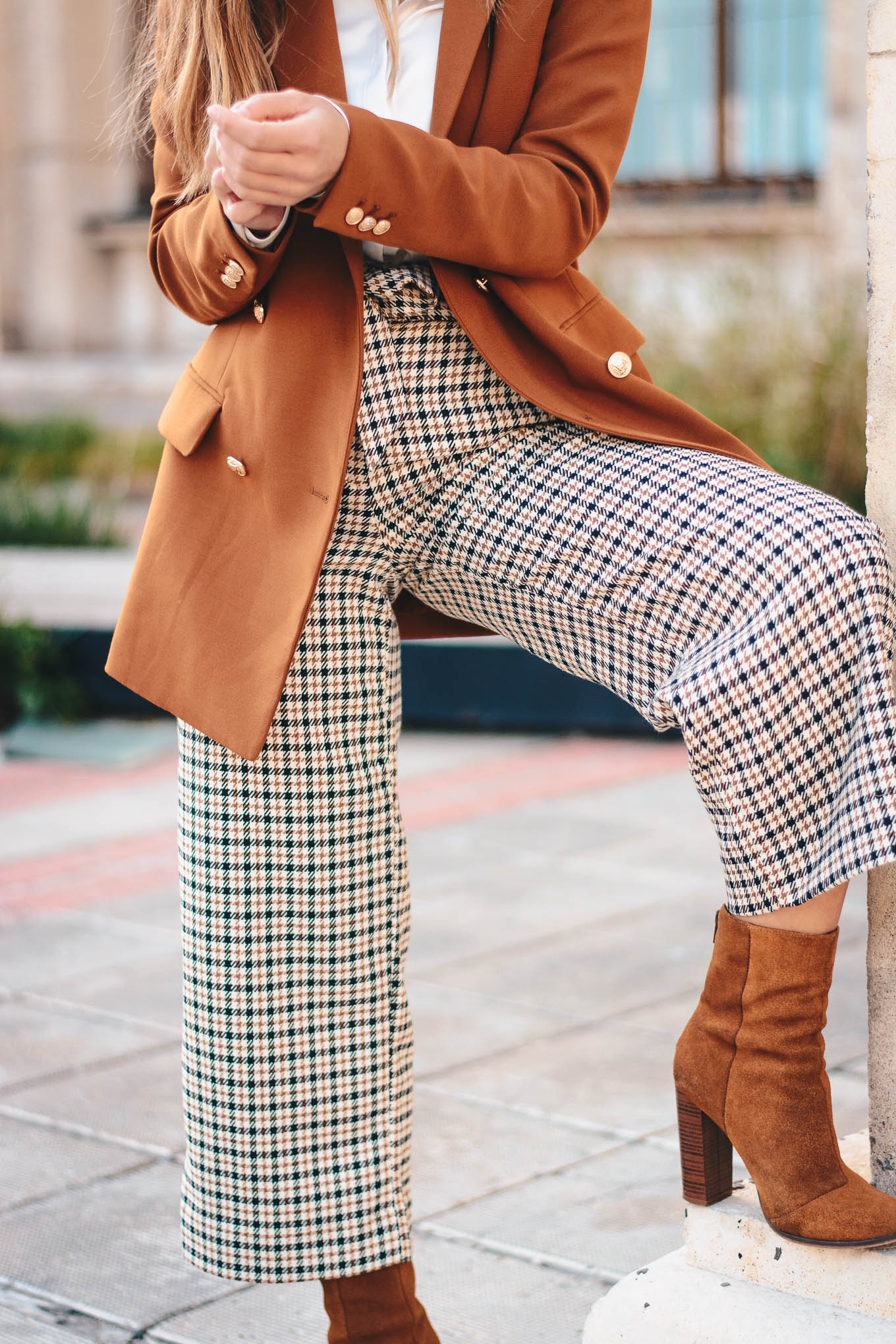 Sezane style blogger