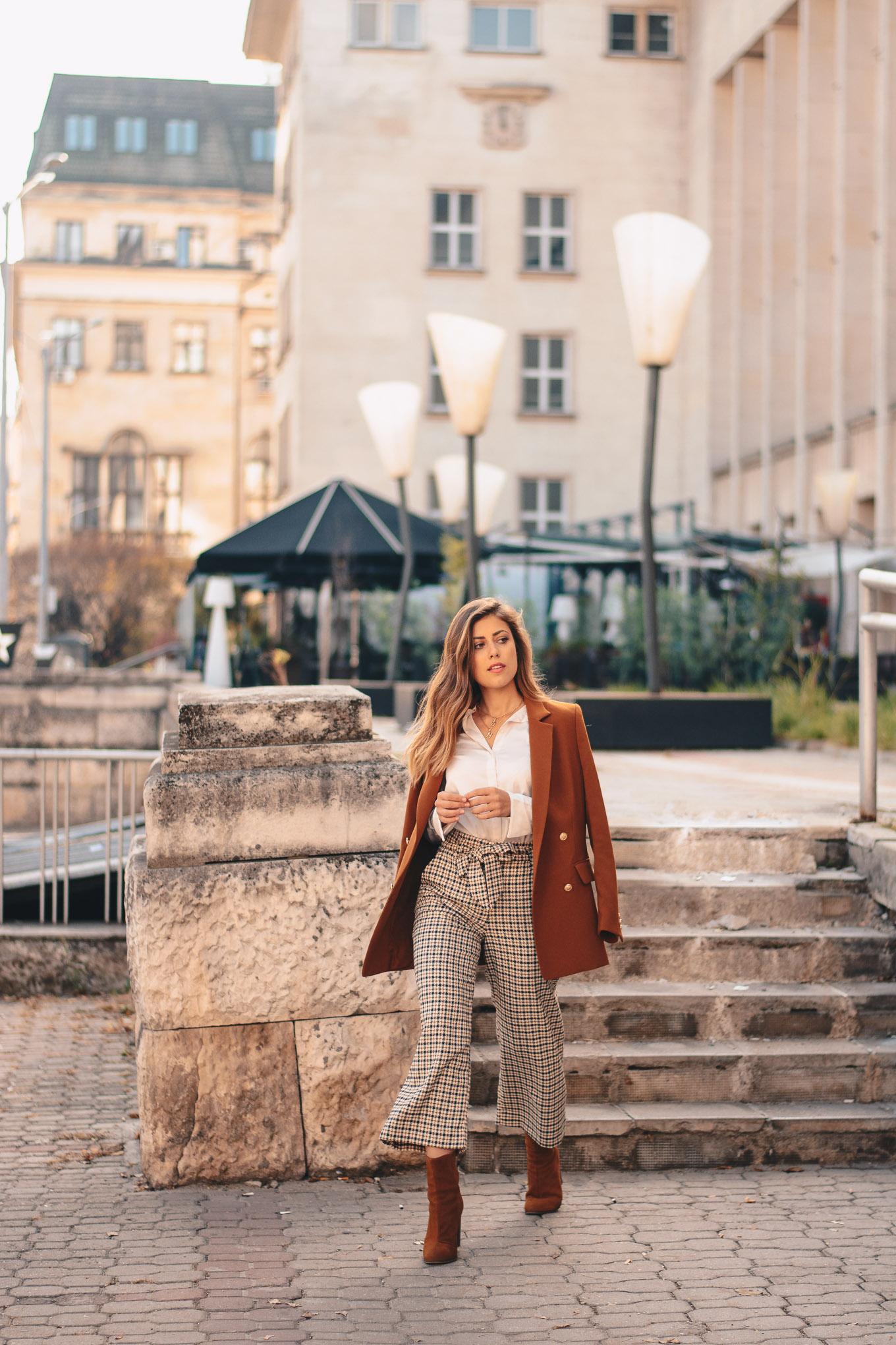 Sezane style fashion blazer