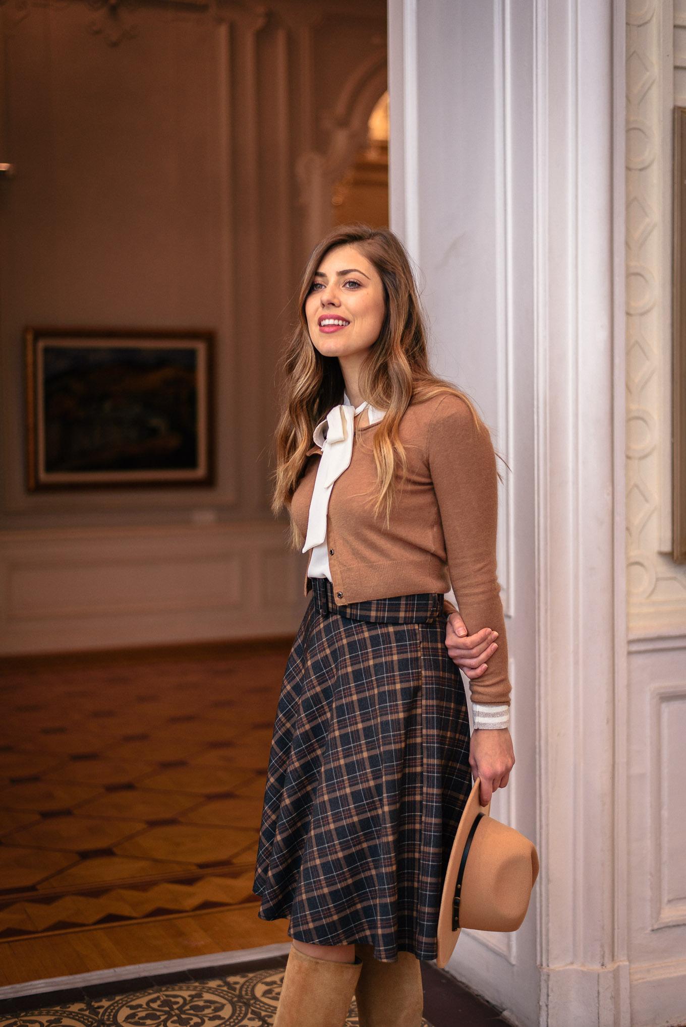 Bulgarian blogger Denina Martin wearing motivi outfit